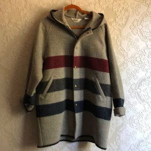 Vintage Woolrich hooded coat large